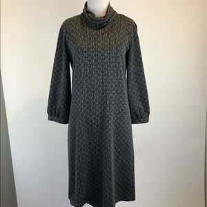 Ellen Tracy Gray Black 3/4 Sleeved Shift Dress